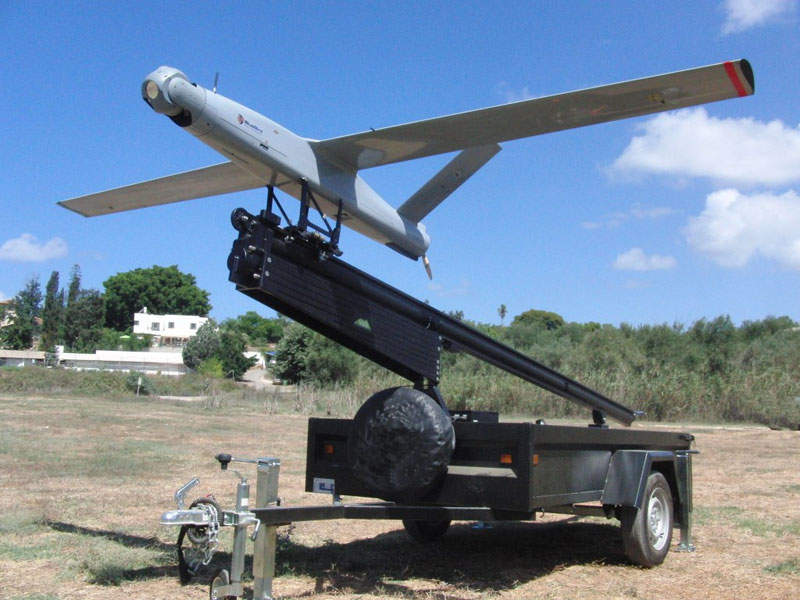 Oil produced from the Bonga North West field is transported by new underwater pipelines to the existing Bonga FPSO vessel. Image courtesy of Shell.