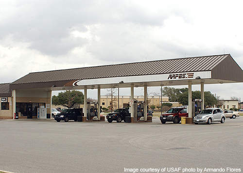 The pilot phase production was carried out using the FPSO Seillean.