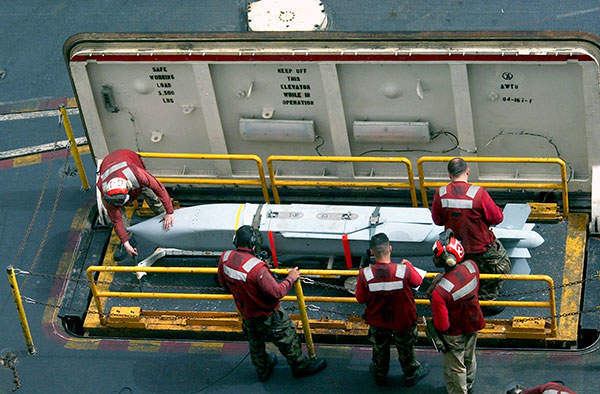 A new 1,500t gantry crane, the biggest in Southeast Asia, was specially constructed to assist the fabrication and assembly works of the DCP. Image courtesy of Shell Philippines Exploration.