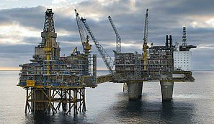 Total oil production in Norway was cut by 13% and gas output by four percent; OLF estimated the cost to the industry to be NKr2.9bn (£300m)