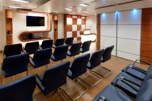 accomodation and heli lounge module