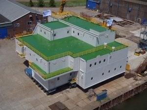 Holland Shipyards has delivered at 32-person accomodation unit to Keppel Verolme.