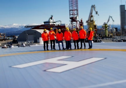 Aluminium offshore helideck