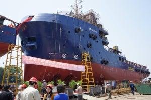 60m DPS-2 platform supply vessel