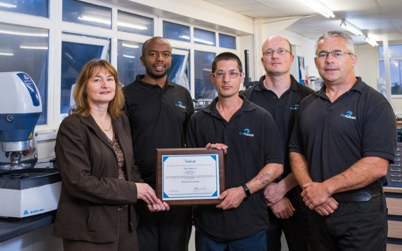 fine tubes team with certificate